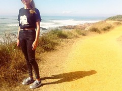 La sauzaie (mrjcrr) Tags: sauzaie bretignolles mer sea plage beach girl look mode wave vague ocean france