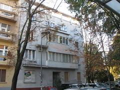 Novi Sad City Centre - The Building in Ilija Ognjanovi Street (Neotalax) Tags: novisadcitycentre novisad vojvodina modernism moderna djordjetabakovic ilijeognjanovica ilijaognjanovicstreet serbia