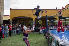Las Luchas (Heros Luis Photography) Tags: lucha libre vuelo mascara luchadores ring mexico choluladerivadavia 1100d canon