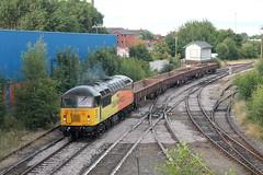 56302 6C32 Slutchers Lane (Neil Altyfan - Railway Photography) Tags: 56302 56113 6c52 basfordhall latchford sidings colasrail railvac 997095150055 slutcherslane warrington arpley signal box 270716