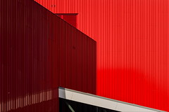 Red vent (Maerten Prins) Tags: nederland netherlands nijmegen lent cinemec red white building roof contrast vent airvent reflection composition abstract