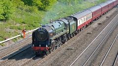 70000 Britannia passes Ruscombe with the 'Great Britain 8' on 28 April 2015 (BaggieWeave) Tags: steamengine steamlocomotive