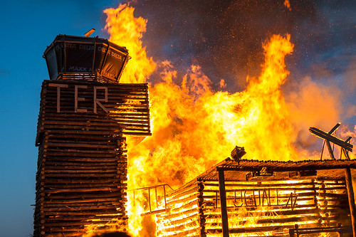 Osterfeuer 2015 in Trechwitz #BER #TER