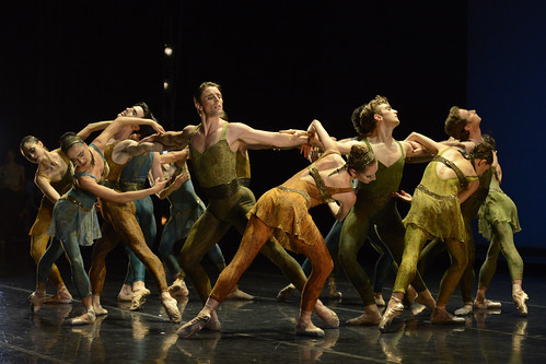 San Francisco Ballet in Within The Golden Hour © Erik Tomasson