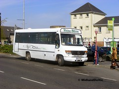 Slieve Bloom 98-LS-3119, James Fintan Lawlor Ave Portlaoise, 23-04-2015 (MidlandDeltic) Tags: bus mercedes o814 slievebloomcoaches 98ls3119