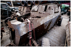 _MTA5657.jpg (Moyse911) Tags: auto usa truck army photo amazing factory fuji tank sam jeep image military picture camion american militaire fou insolite vieux armee oncle urbex amricain hangars xt1 ancetre onclesamurbexauto