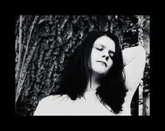 Dreamer of the forest (One-Basic-Of-Art) Tags: 1basicofart annewoyand fotografie art photography canon poeple mensch portrait portrt forest wald baum bume trumen dream traum augenzu augen yeux eyes