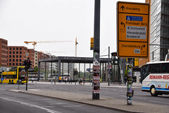 Street view Berlin (Maria Eklind) Tags: building berlin architecture germany de europe outdoor potsdamerplatz sonycenter tyskland