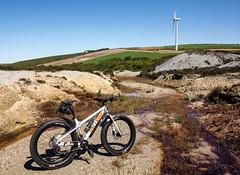 IMG_5318 (Photopedaler) Tags: bicycle mountainbiking windturbine fatbike newlyndowns cornishcycling