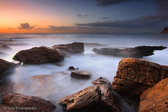 First Light (renatonovi1) Tags: light sunrise beach sea ocean rocks sky landscape seascape bunganbeach northernbeaches sydney nsw australia water