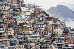 Pavo / Pavozinho (Bruno Martins Imagens) Tags: comunidade copacabana favelasdobrasil favela brunomartinsimagens brunomartinsimagenscom facebookcombrunomartinsimagens landscapes
