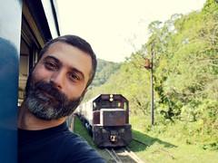 Watch your Head! (Billy W Martins ) Tags: selfie train trem serraverdeexpress serradomar morretes beard barba cargo fun diverso nikon d7100