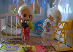 Visited me this little doll (pe.kalina) Tags: doll dolls blythe petite dollhouse paskuda