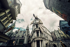 Diagon Alley / Gringotts Bank (isayx3) Tags: world ed alley nikon wide harrypotter sigma bank wideangle universal studios f28 d800 14mm diagonalley gringotts diagon plainjoe wizarding isayx3 plainjoestudios edwardmcgowan plainjoephotoblogcom isayx