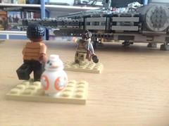 The garbage will do! (sander_sloots) Tags: set starwars lego bricks millenium falcon rey minifig finn droid moc afol bb8 75105 theforceawakens thegarbagewilldo