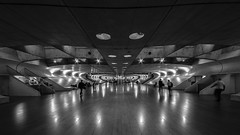 space station (Blende1.8) Tags: lisbon lisboa lissabon portugal oriente calatrava futuristisch bahnhof modern contemporary contemporaryarchitecture architektur architecture moderrn urban tunnel rhre pipe symmetry symmetrie nikon d750 sigma 1224mm sigma1224mmhsmii wideangle monochrome monochrom sw black white