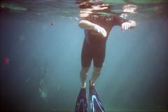 film (La fille renne) Tags: film analog 35mm lafillerenne lomolca krab agfa agfavistaplus400 underwater sea mediterranean roadtrip travel snorkeling people grain