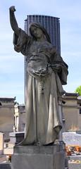 Statue (vintage114) Tags: cimetire statue paris montparnasse