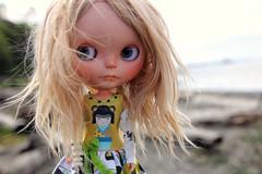 A little beach time.... #echo #customblythe #Tiina #dollphotography #Blythe #fab_toys #toyartistry #instadolls #dollstagram