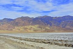 Devils Golf Course (ivlys) Tags: california usa nature landscape nationalpark desert salt deathvalley landschaft wüste devilsgolfcourse salz ivlys