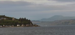 Stroned (Bricheno) Tags: mountains scotland clyde pier escocia holy loch szkocja schottland holyloch scozia cosse strone  esccia  dunselma  bricheno scoia