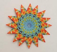 16 point Giant Star by Maria Sinayaskaya (redneck11_99) Tags: modular modularorigami modularstar mariasinayskaya juliaschnhuber modularorigamistar kaleidoscopicpaper 16pointgiantstar