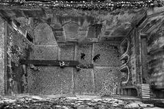 Secure access (savolio70) Tags: castello castle sermoneta bw monocromo biancoenero bianconero savolio stefanoavolio lazio building
