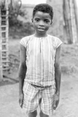 K003Rj A child in Piri, in the Dembos (PaulBlake1957) Tags: angola methodist child piri dembos
