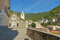 2016-07-04 at 17-39-14 (andreyshagin) Tags: riomaggiore italy architecture andrey shagin summer trip travel town tradition terre city cinque beautiful building d750 daylight nikon