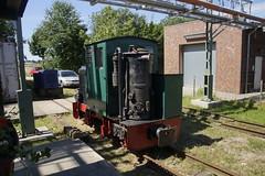 FWM LOK 16 Schöma KML 5.1, Holzgas / 933 / 1946 / B-gm (Kette) / Deutz GF2M 115 / 25 pk in Feldbahn Museum Oekoven 07-08-2016 (marcelwijers) Tags: fwm lok 16 schöma kml 51 holzgas 933 1946 bgm kette deutz gf2m 115 25 pk feldbahn museum oekoven 07082016 narrow gauge railway railways germany gillbachbahn deutschland duitsland smalspoor schmalspur smalspoormuseum 600 mm op werd het 40 jarig jubileum van dit gevierd jahre jubiläumveranstaltung kriegslok zweter weltkrieg dieser feldbahnlok ist der einzige noch bekannte mit holzvergaserantrieb christph schöttler diepholz