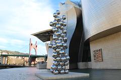 Bilbao - Guggenheim Bilbao Museoa (corno.fulgur75) Tags: bilbao bilbo bilbau biscaye vizcaya bizkaia biscay biscaglia biskaje biscaia paysbasque euskadi pasvasco baskicko baskerlandet baskenland basquecountry euskalherria paesebasco baskarland baskonia pasbasco baskien espagne spain panlsko spanien espaa spagna spanje spania hiszpania espanha december2015 architecture guggenheim guggenheimbilbao museoguggenheimbilbao museoguggenheim guggenheimmuseum guugenheimbilbaomuseum museguggenheim museguggenheimbilbao guggenheimbilbaomuseoa museum muse frankgehry gehry art modernart artmoderne contemporaryart artcontemporain artwork arcosrojos danielburen buren elgranarbolyelojo anishkapoor kapoor