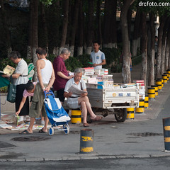 The book truck (David R. Crowe) Tags: reading selling hefeishi anhuisheng china