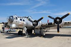Experimental Aircraft Association (U.S. Army Air Corps) // Boeing B-17G-105-VE Flying Fortress // N5017N (44-85740, cn 8649) // KZZV 9/23/16 (Micheal Wass) Tags: zzv kzzv zanesvillemunicipalairport eaa experimentalaircraftassociation boeing b17 boeingb17 flyingfortress boeingb17flyingfortress b17g boeingb17g n5017n 4485740