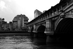 Mechanic_1 (Joka.) Tags: park uk greatbritain bridge london nikon unitedkingdom londoneye bigben payphone londontower joka rollofhonor       d3100 nikond3100