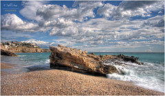 (079/15) La roca (Pablo Arias) Tags: españa naturaleza nature photoshop mar spain agua colours playa colores alicante cielo nubes hdr smörgåsbord villajoyosa photomatix sigma1020 olequebonito nikond300 greatmanipulart grouptripod olétusfotos goldenvisions pabloarias