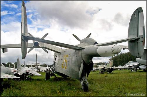 Beriev Be-12