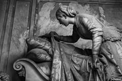 This is the end #20 (Gerhard Busch) Tags: alt figur friedhof genua italien kunst marmor staglieno stein figuren marode