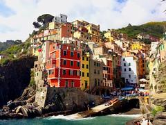 *Explore* Riomaggiore- Cinque Terre (marti_na91) Tags: bellavista colors mare viaggiando viaggiare travelling italy liguria cinqueterre riomaggiore