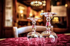 Waiting (kl1809) Tags: dining restaurant light red glass table italy sicily canon5dmarkii canon