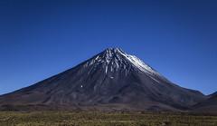 The majestic Licancabur! (Cecilia A) Tags: licancabur toursalardetara volcan volcano vulcão atacama desertodeatacama andes mountains montanhas canon6d canon ceciliaa ©ceciliaa