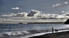 Seaton Beach, S.E. Cornwall (suerowlands2013) Tags: seatonbeach cornwall waves clouds beach island eveninglight walkingthedog silhouettes summerevening lastlight