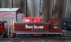 Rock Island SW-7 #904 (atjoe1972) Tags: ho scale model train penncentral pc rockisland ri crip railroad poolpower engine house switcher 187 caboose f7a f7b sw7 athearn bachmann custom paint atjoe1972 magicdonkey