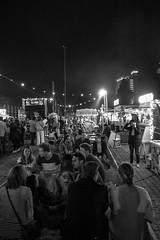 [2016-09-17][Smaak Karavaan 2016] 57.jpg (S.P. Zweekhorst) Tags: nikon 1855mm d5200 2016 blackwhite people street nikon1855mm nikond5200