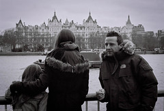 River view (Liane_M_S) Tags: blackandwhite london film monochrome 35mm southbank analogue olympusom10 kodakprobw400cn copyrightlianemssixdegreesframed sixdegreesframed