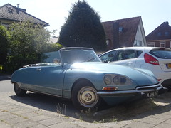 Citron DS 21 cabriolet 1971 / 2009 Apeldoorn (willemalink) Tags: 1971 21 ds citron 2009 apeldoorn cabriolet