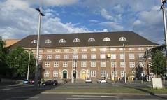 Postbank Finance Center, Bahnhofplatz (cohodas208c) Tags: postbank offices bahnhofplatz bremen architecture