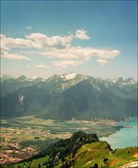 Rocher da Naye (Katarina 2353) Tags: landscape lacleman alps switzerland katarina2353 katarinastefanovic film nikon