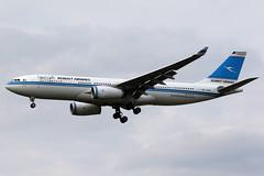 Kuwait Airways   Airbus A330-200   9K-APA   London Heathrow (Dennis HKG) Tags: kuwait kuwaitairways kac ku airbus a330 a330200 airbusa330 airbusa330200 aircraft airplane airport plane planespotting london heathrow egll lhr 9kapa canon 7d 70200