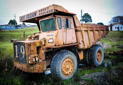 Komatsu Earthmover (paulledger81) Tags: komatsu earthmover waratah tasmania fagans machinery australia tarkine mining vintage heavyhaulage