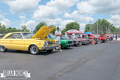 HotRodHulaHop16-0091 (Muncybr) Tags: carshow donmarcum hotrodhulahop photographedbybrianmuncy 1967 2016 440 bowling ohio plymouth satellite sequoia yellow columbus